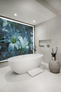 panel szklany łazienka kwiaty 1