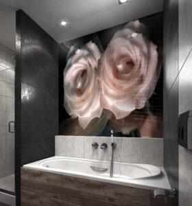 panel szklany nad wanne róże