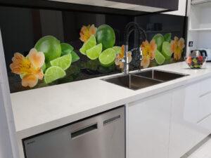 panel szklany owoce kwiaty kuchnia