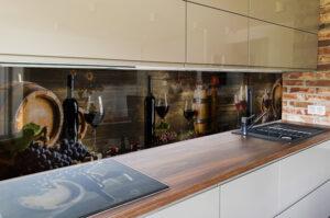 panel szklany wina kuchnia