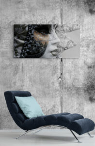 Chaise lounger in sitting room